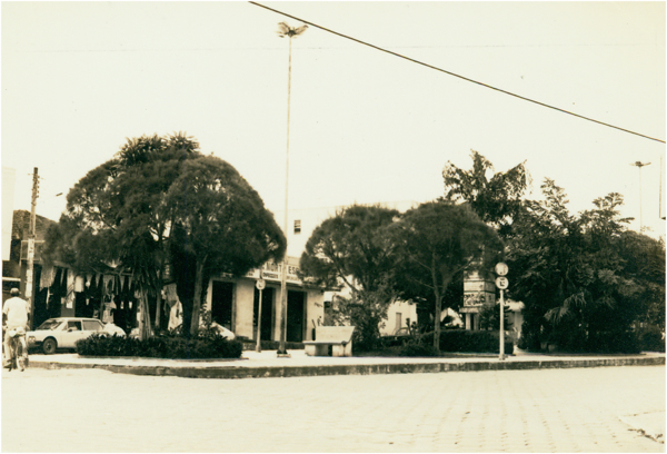 Praça Municipal : Pinheiros, ES - [19--]