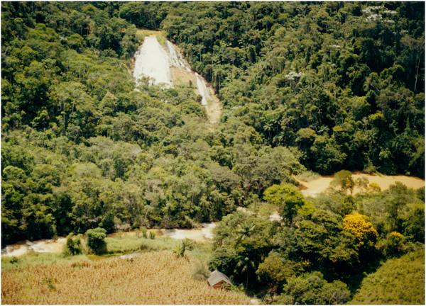 Cachoeira do Pastor : Santa Maria de Jetibá, ES - [19--]