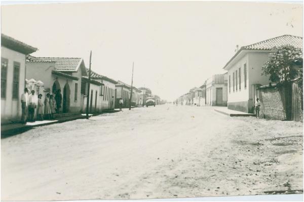 Rua Cel. João Camilo : Bela Vista de Goiás, GO - [19--]