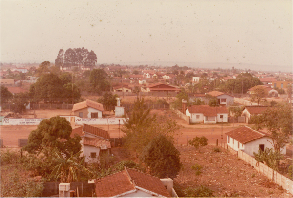 Vista [panorâmica] da cidade : Abadiânia, GO - 1983