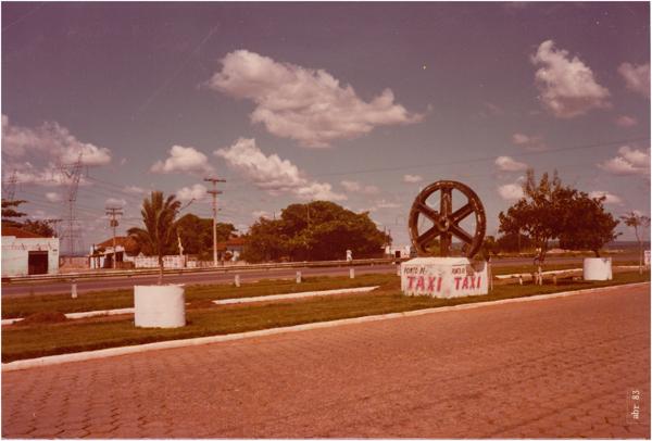 Monumento à Indústria : Aparecida de Goiânia, GO - 1983