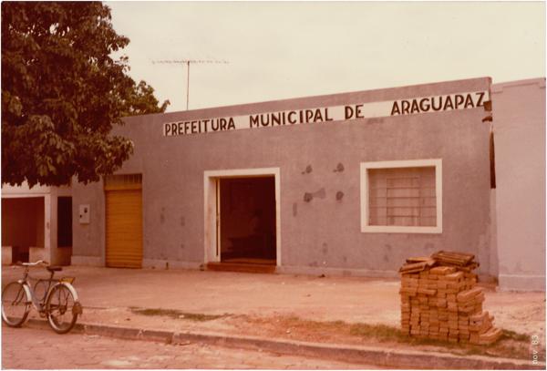 Prefeitura Municipal : Araguapaz, GO - 1983