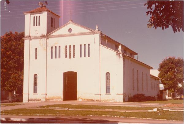 Igreja Matriz Nossa Senhora das Dores : Caldas Novas, GO - 1983