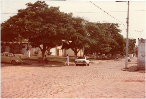 [Praça] : Goianira, GO - 1983