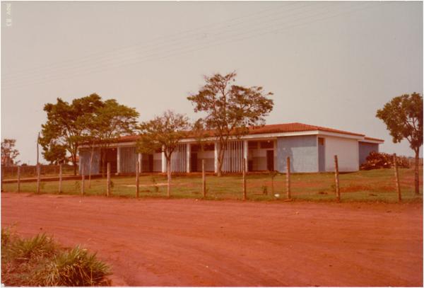 Colégio estadual : Goianira, GO - 1983