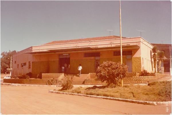 Estação rodoviária : Inhumas, GO - 1983