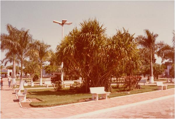 Praça Marechal Rondon : Itapirapuã, GO - 1983