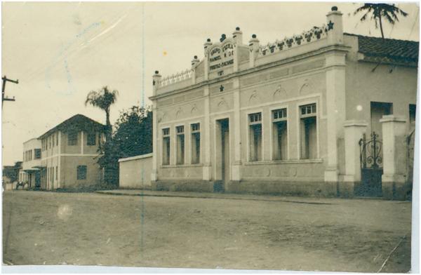Grupo Escolar Manoel Ribeiro de Freitas Machado : Jaraguá, GO - [19--]