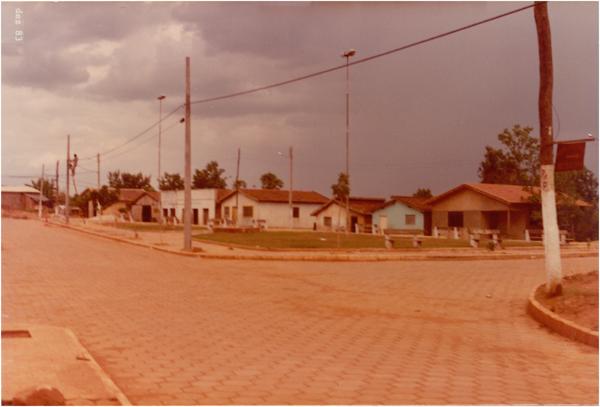 Praça Central : Minaçu, GO - 1983