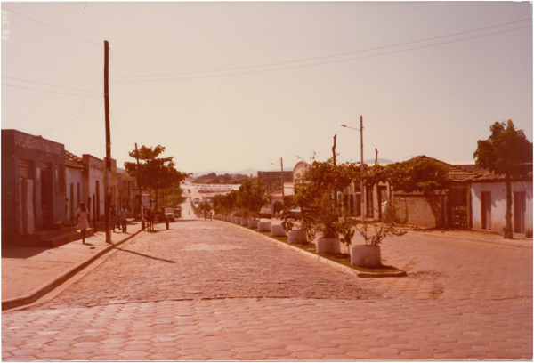 Av. Maranhão : Minaçu, GO - 1983