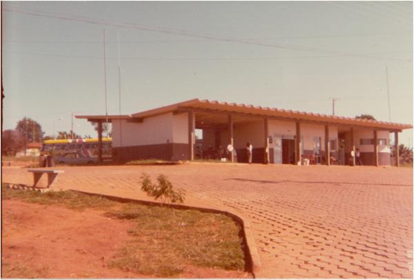 Estação rodoviária : Nerópolis, GO - 1983
