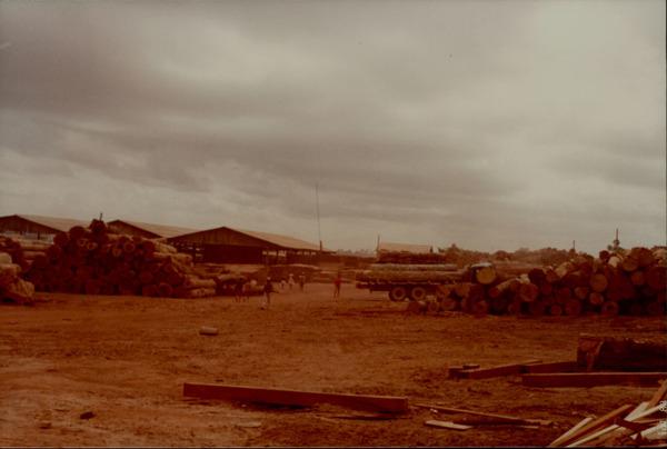 Indústria Madeireira Capeloza : Açailândia, MA - 1983