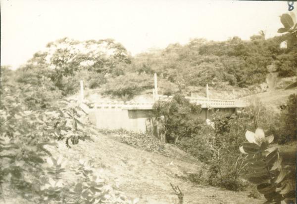 Ponte sobre o Rio Mearim : Barra do Corda, MA - [19--]