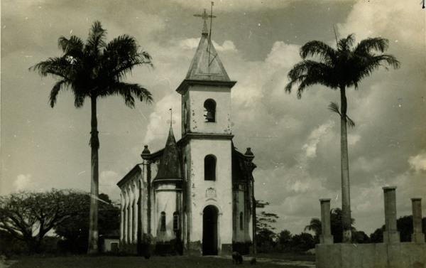 Igreja Matriz de Nossa Senhora das Mercês : Cajapió, MA - [19--]