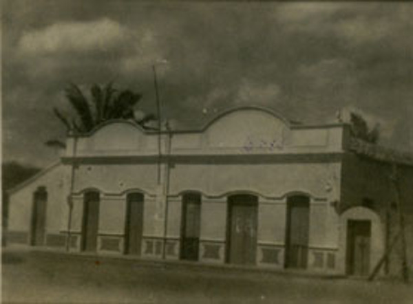 Antiga Prefeitura Municipal : Coroatá, MA - [19--]