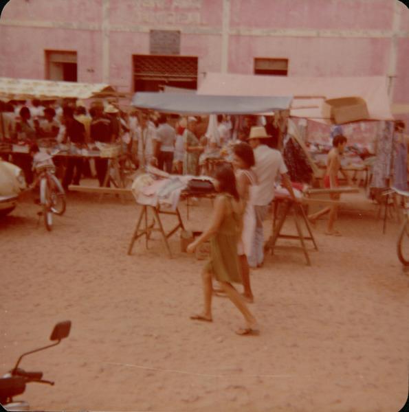 Feira livre : Mercado municipal : Esperantinópolis, MA - [19--]