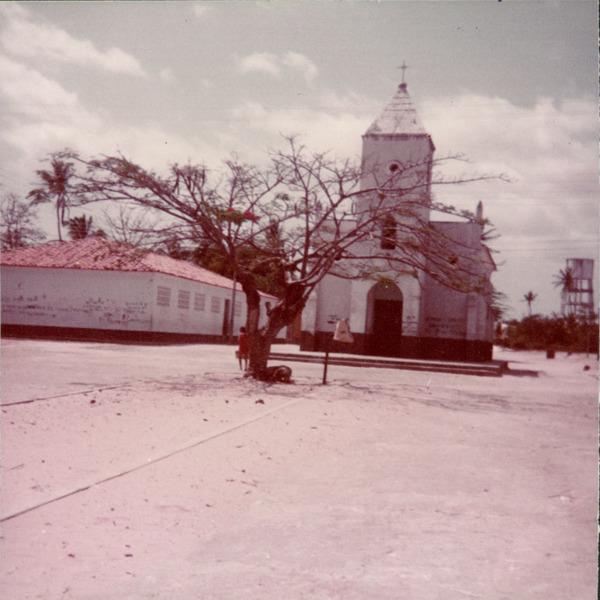 Igreja Matriz de Nossa Senhora da Conceição : Primeira Cruz, MA - [19--]