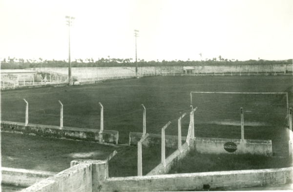 Estádio Municipal Jaime Melo : Pindaré-Mirim, MA - [19--]