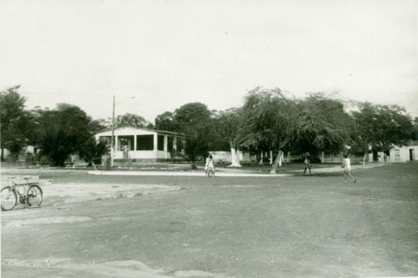 Praça Guajajaras : Pindaré-Mirim, MA - [19--]
