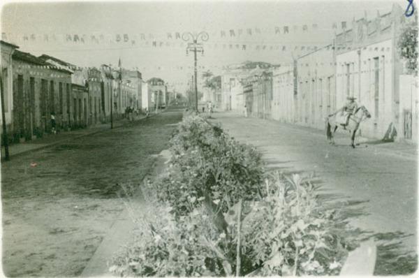 Avenida Senador Vitorino Freire : Pinheiro, MA - [19--]