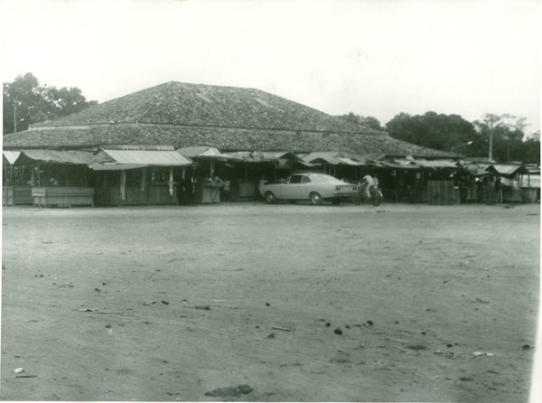 Mercado municipal : Pio XII, MA - [19--]