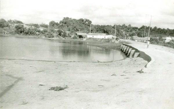 Açude público municipal : Santo Antônio dos Lopes, MA - [19--]