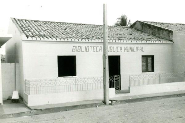 Biblioteca pública municipal : Santo Antônio dos Lopes, MA - [19--]