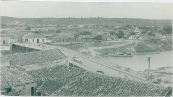 Vista panorâmica da cidade : Trizidela do Vale, MA - 1968