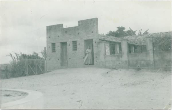Casa paroquial : Trizidela do Vale, MA - 1968