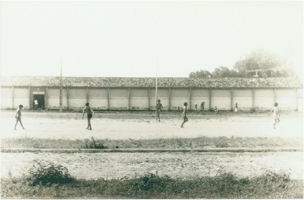 Colégio Chagas Araújo : Urbano Santos, MA - [19--]