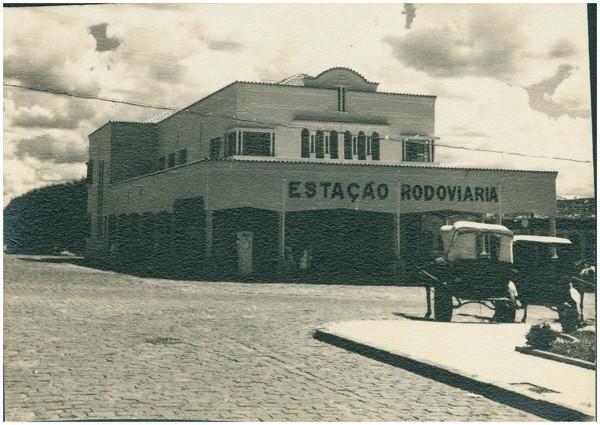 Estação Rodoviária : Uberlândia, MG - [19--]