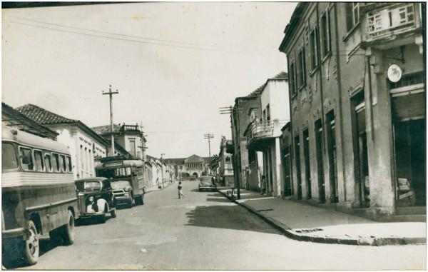 Rua Doutor João Braulio : Passos, MG - [19--]