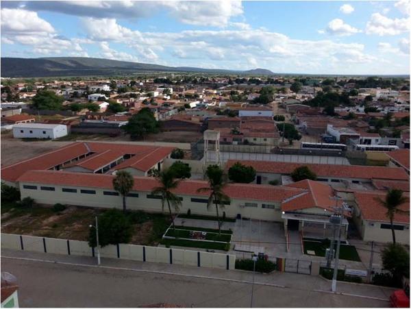 Escola Antônio Guilherme Dias Lima : vista [panorâmica da cidade] : Inajá, PE - 2014