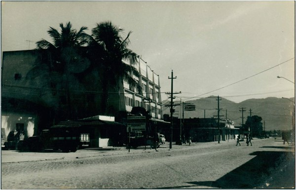 Rua Doutor Curvelo Cavalcante : Itaguaí, RJ - [19--]