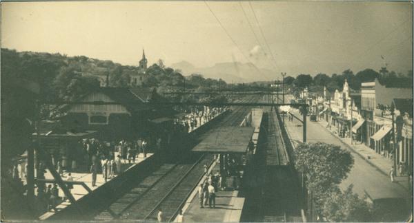 Estação de Nilópolis : [Avenida Getúlio de Moura] : Nilópolis, RJ - [19--]