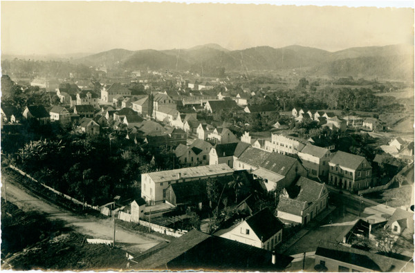 [Vista panorâmica da cidade] : Brusque, SC - [19--]