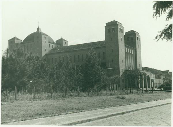 Abadia dos Cistercienses : Itaporanga, SP - [19--]