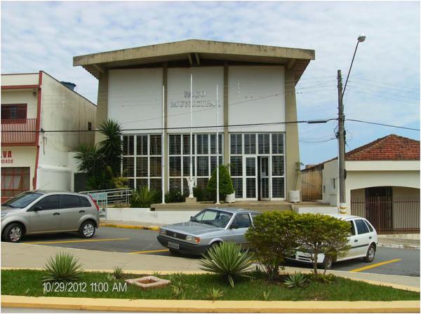 Paço Municipal : Riversul, SP - 2012