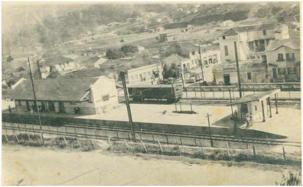 Estação da Estrada de Ferro Sorocabana : [vista panorâmica da cidade] : Barueri, SP - [19--]