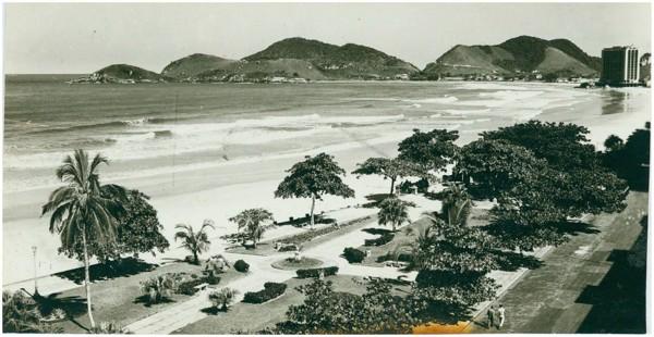 Orla da Praia de Pitangueiras : Guarujá, SP - [19--]