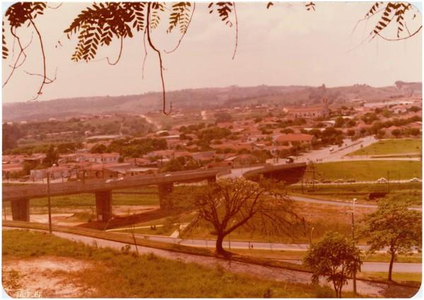 Vista [panorâmica da cidade] : Valinhos, SP - 1981