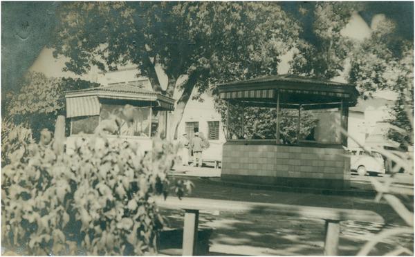 Praça Melo Peixoto : coreto : Ourinhos (SP) - 1968